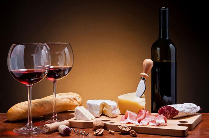 Эногастрономические туры (Падуя). Фото вина и продуктов