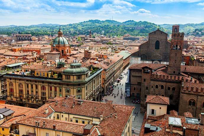 Официальный гид в Болонье. Фото города