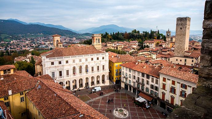 Экскурсовод в Бергамо. Фото города